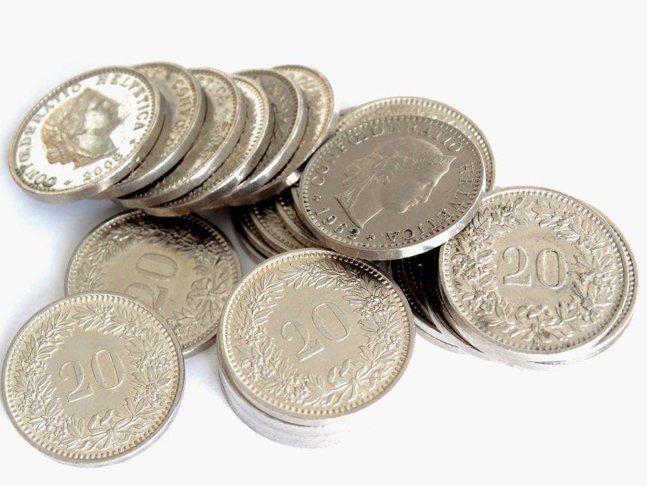 money-452624_1920